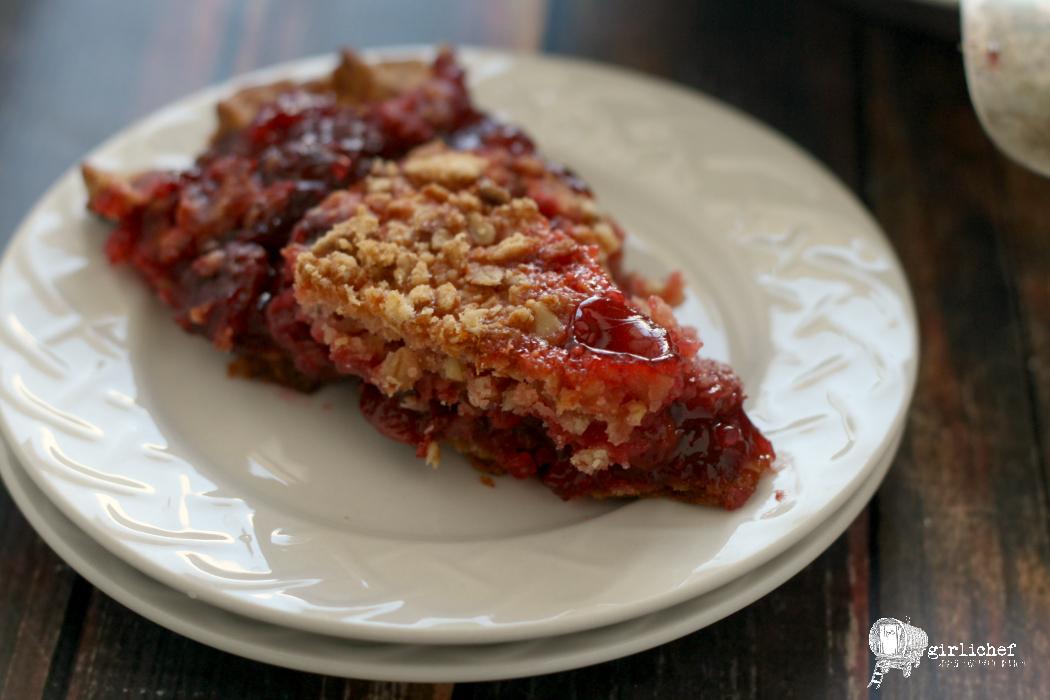 Cherry Crunch Pie #fridaypieday