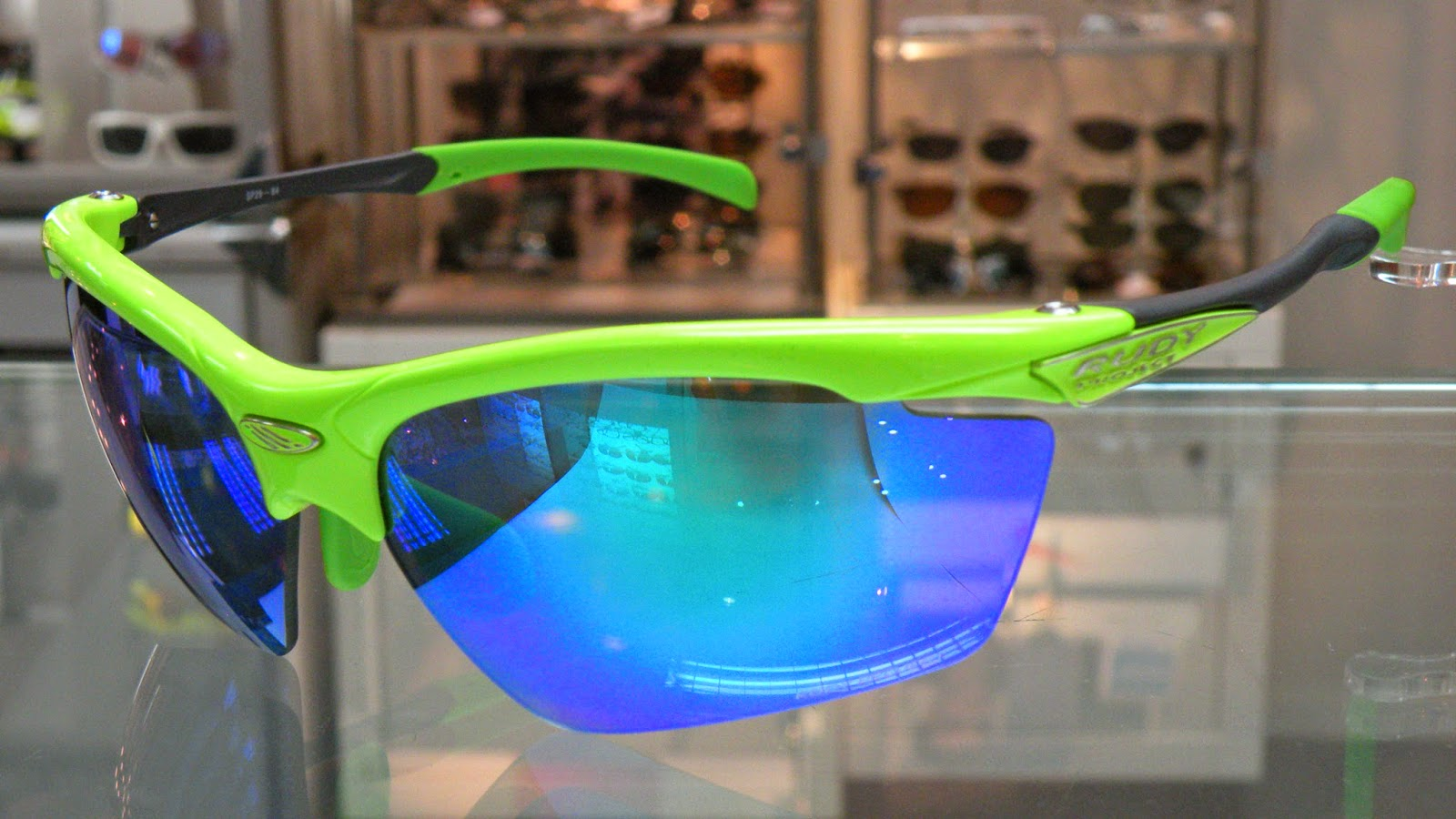 Rudy Project AGON lime gloss with Multilaser Green lenses