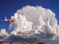 3 Bahaya Awan Cumulonimbus, Sangat Ditakuti Para Pilot Pesawat