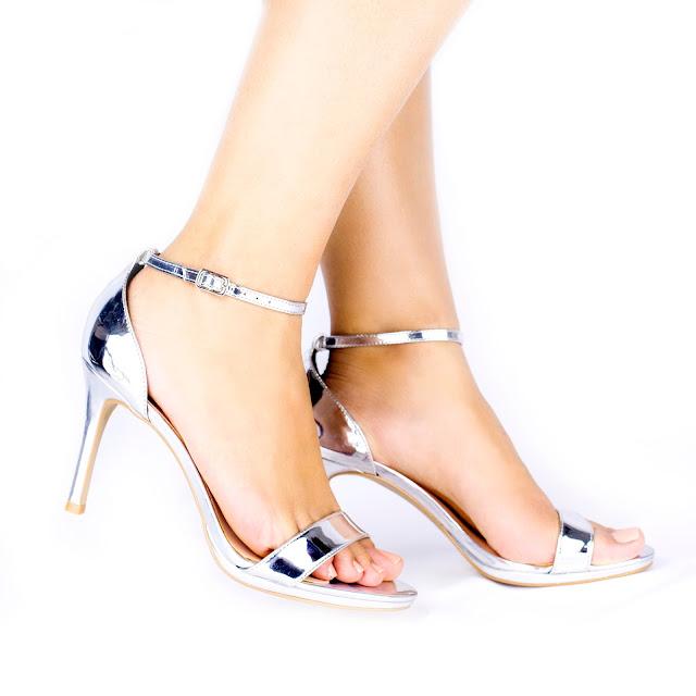 Sandália-Prata-Tendência-de-Moda-2