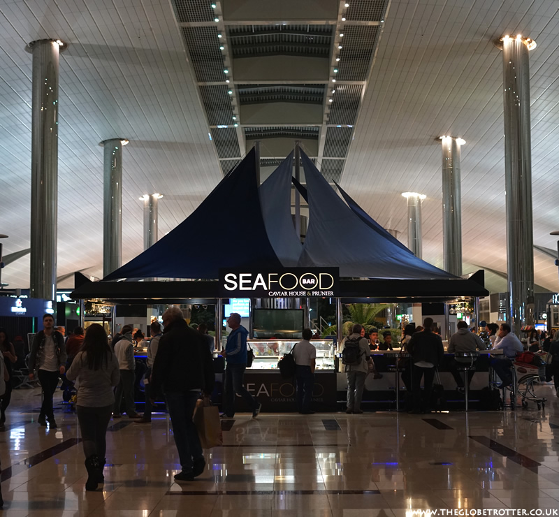 Dining at Dubai Airport - Food options at Dubai Airport