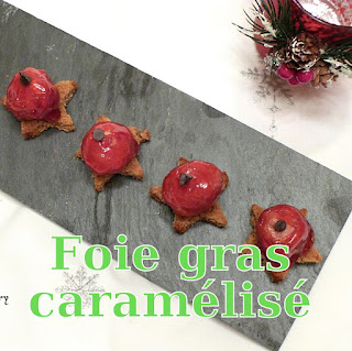 http://danslacuisinedhilary.blogspot.fr/2016/12/foie-gras-caramelise-boule-de-noel.html