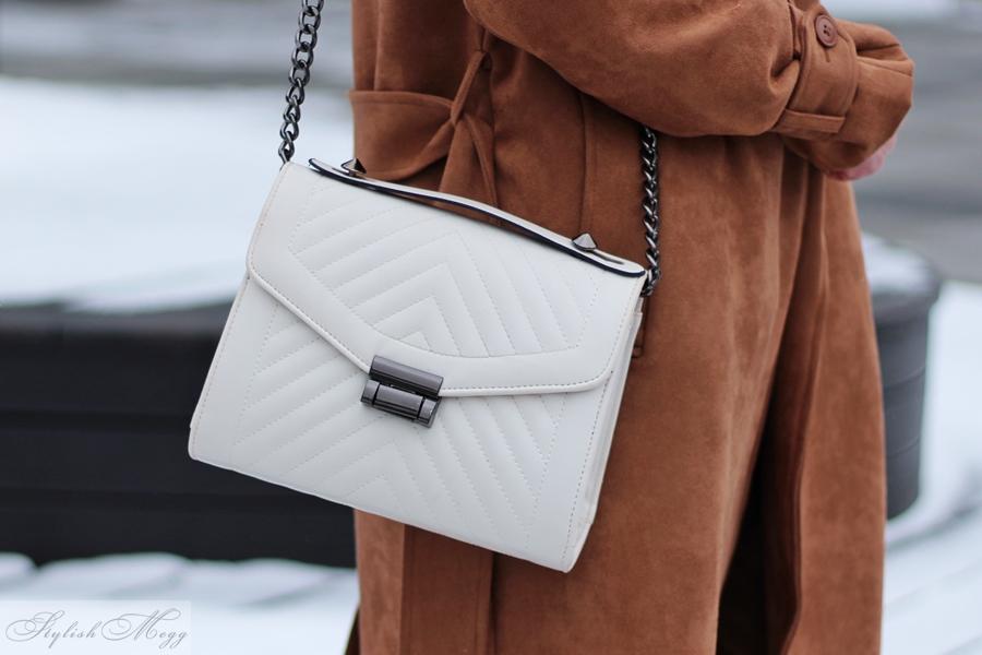 białą torebka