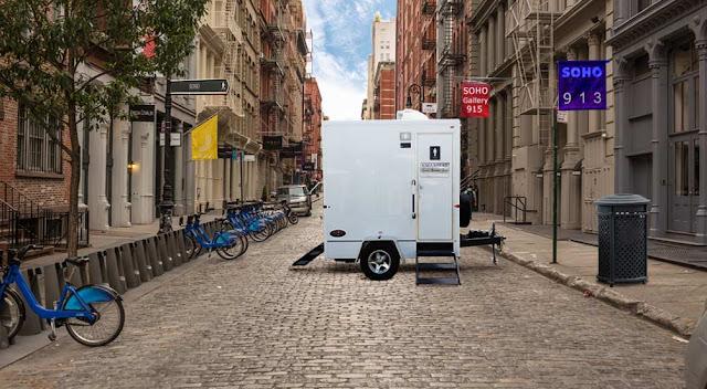 SOHO bathroom trailer