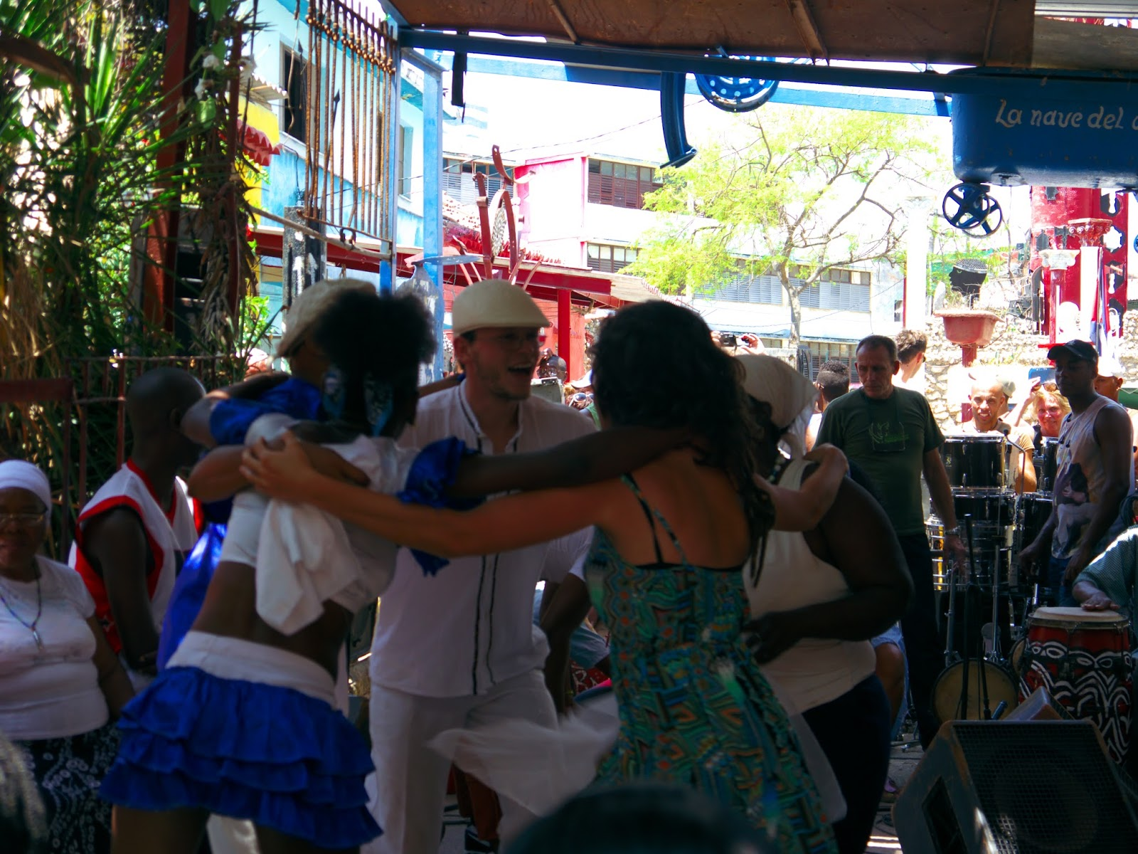 Rhythm and Beat — Afro-Cuban Dance Sunday in Havana - Maho