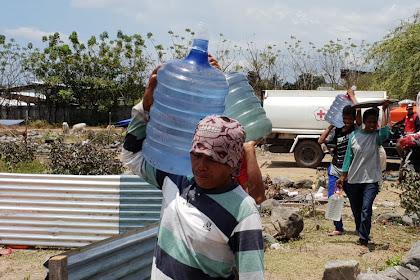 Suplai Air Bersih PMI ke Masyarakat Terdampak Gempa dan Tsunami Sulteng ditingkatkan
