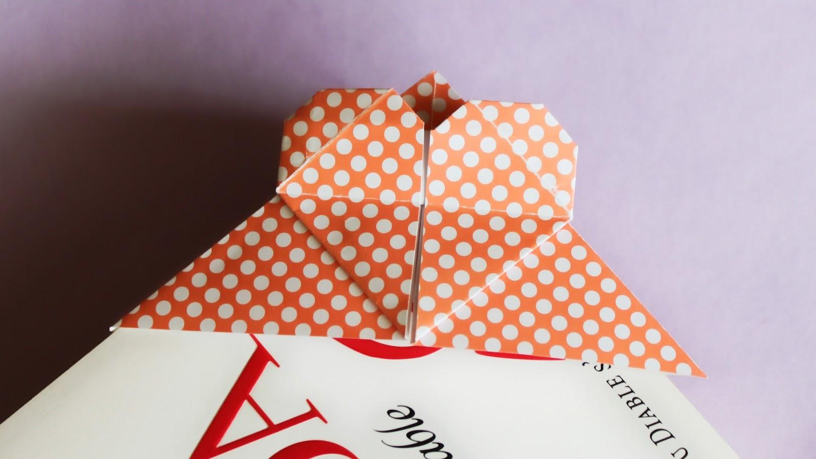 Marque page coeur origami