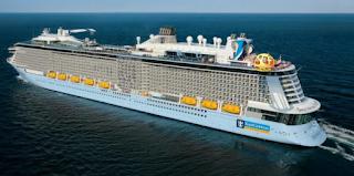 Στον Πειραιά το μεγαλύτερο κρουαζιερόπλοιο του κόσμου - Μεταφέρει 3.000 επιβάτες