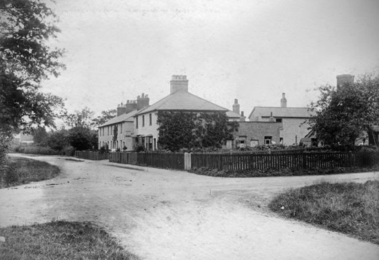 Photograph of the crossroads at White's/Town's Corner, Welham Green 1900s. Image from P. Grant / G Knott