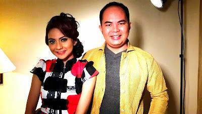 Artis Penyanyi Pop Wanita Tiwi ex T2
