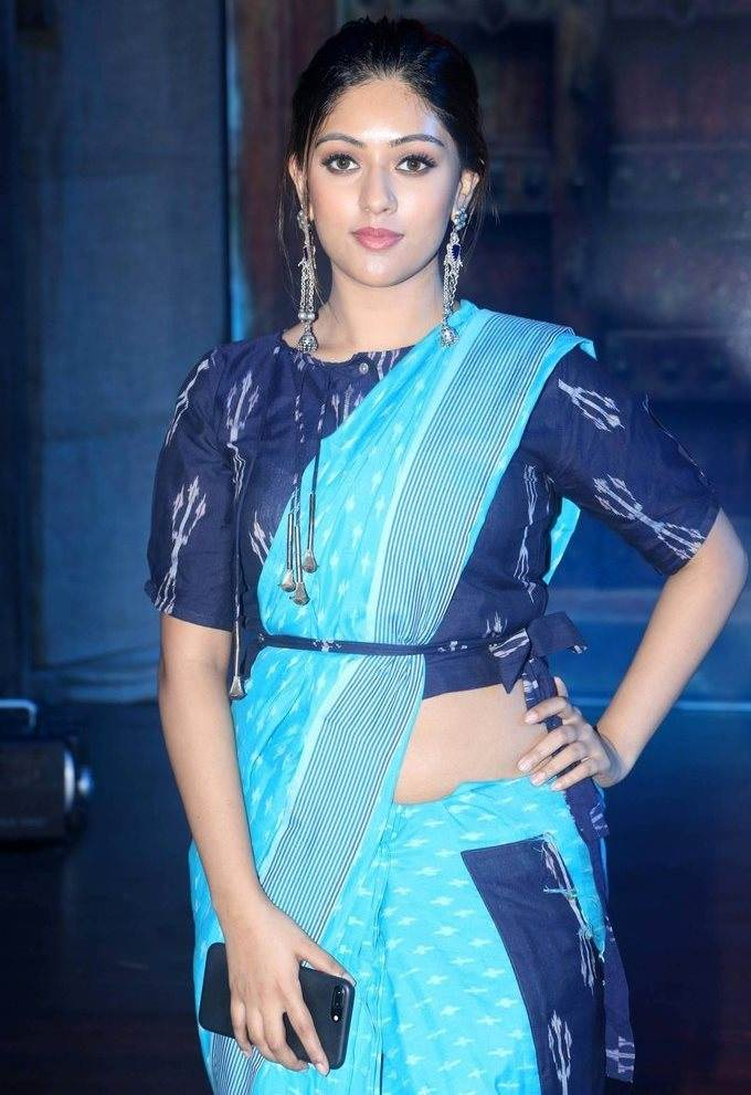 Anu Emmanuel In Blue Saree At Woven 2017 Fashion Show