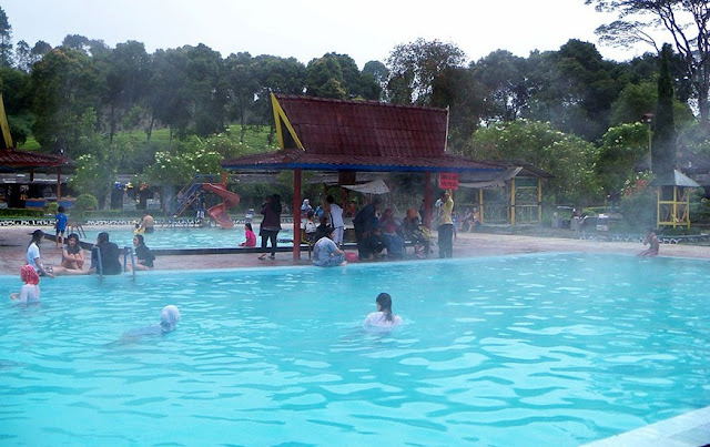 Kolam Renang Air Panas Di Bandung Yang Populer