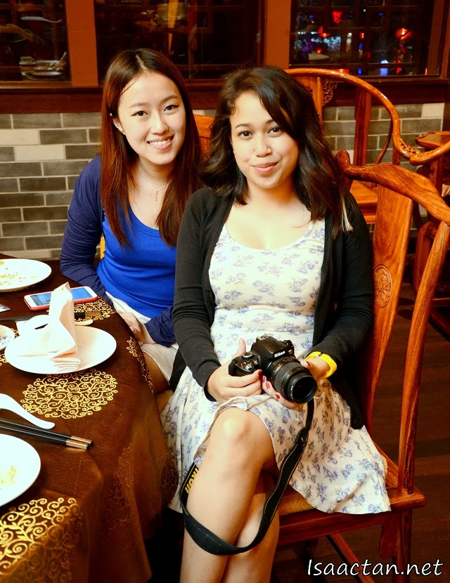 Pretty ladies from HungryGoWhere Malaysia, Shing Yee and Hanis