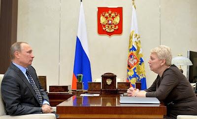 Rusiya Azərbaycanı kiril əlifbasına qayıtmağa çağırdı