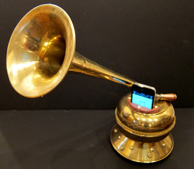 Cool and Innovative iPhone Amplifiers (15) 8