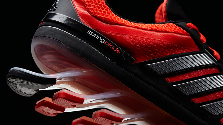 adidas BUSINESS ALERT: THE SPEEDFACTORY MODEL WHICH RELIES ON AUTOMATION AND PRODUCTION ROBOTS