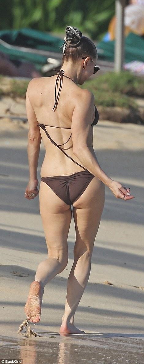 Fergie Duhamel Flaunts Beach Body In Skimpy Bikini