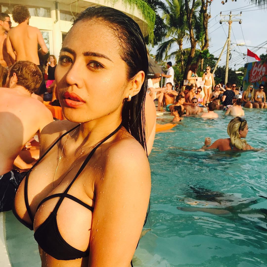 Image Result For Jelly Jelo Selfie Bikini Lingerie Model Indonesia