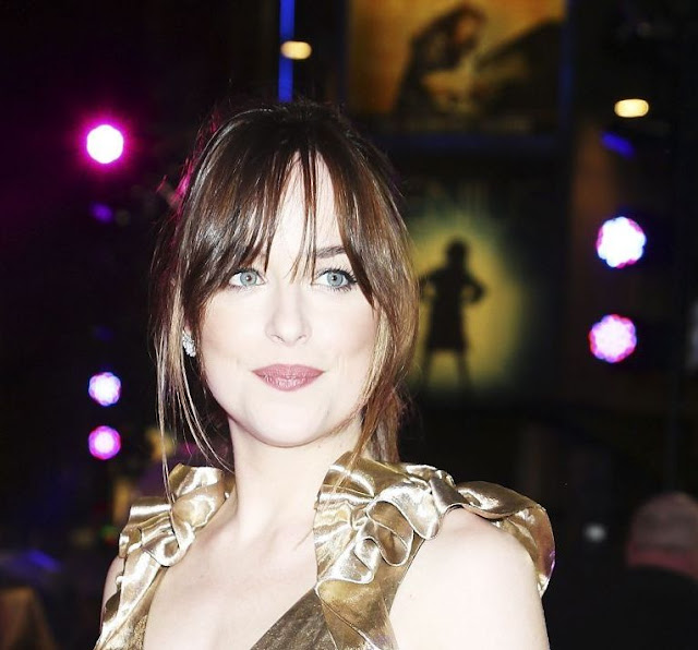 Dakota Johnson at 'How To Be Single' London Premiere