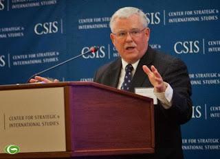 GS Carl Thayer - Quy định đánh bắt cá mới của Trung Quốc: Cướp biển đội lốt nhà nước?