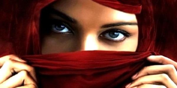 Ini dia 10 Macam Fashion Hijab Syar'i untuk Muslimah Masakini!
