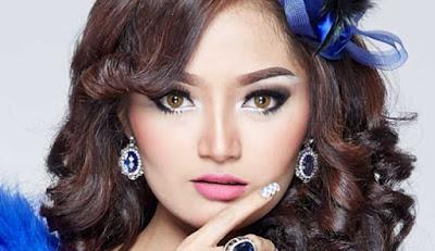 Download Kumpulan Lagu Siti Badriah Lengkap Full Album