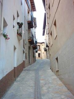 costa del Serrano, cuesta del Serrano, el palacio al fondo