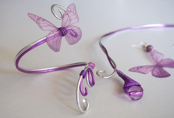 Parure fil d'aluminium et papillons