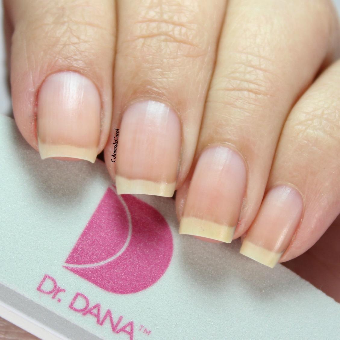 Colores de Carol: Dr. Dana - Nail Renewal System Review