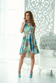 rochie-cocheta-de-vara-cu-imprimeuri-florale-4