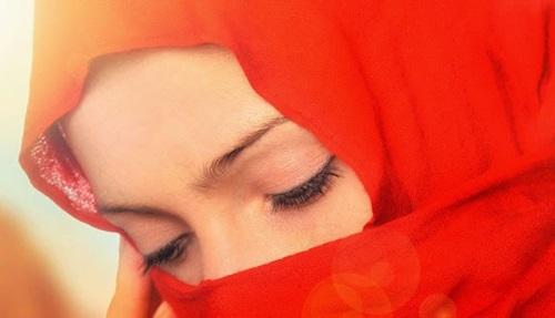 5 Hal Penting Ciri Muslimah yang Cocok Dijadikan Pendamping Hidup