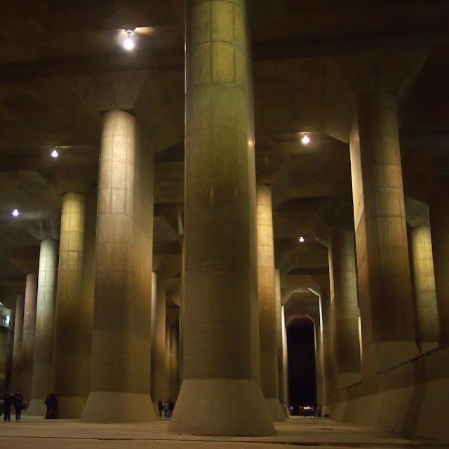 江戸川 庄和排水機場 首都圏外郭放水路調圧水槽 地下神殿