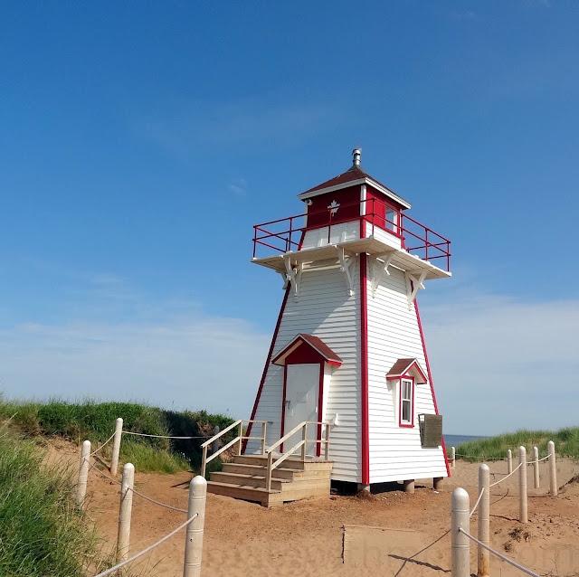 prince edward island covehead lighthouse