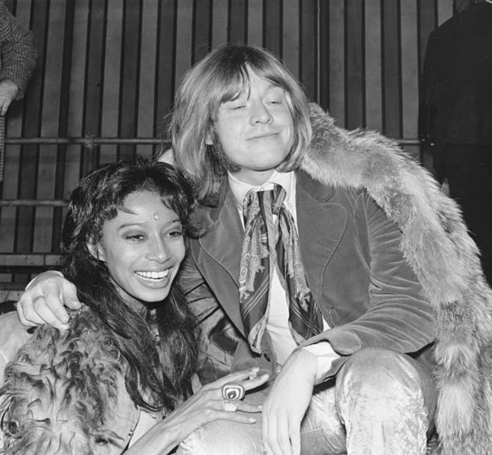intimate photos of donyale luna and brian jones during