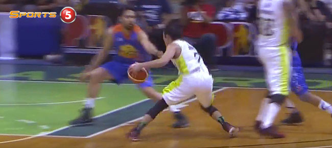 Terrence Romeo's NASTY Double Crossover vs. TNT (VIDEO)