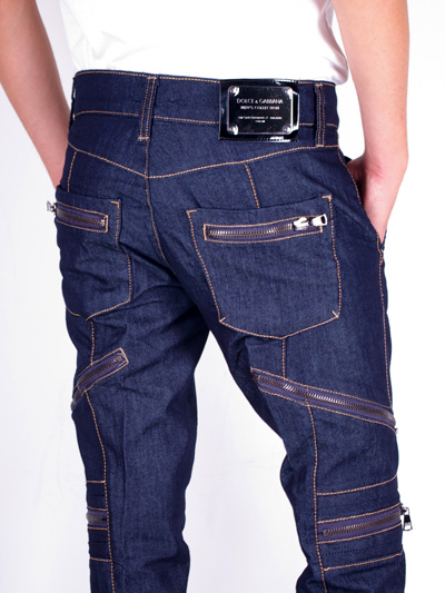 Wrangler Retro® jeans - the Original, but jelly555.ml Wrangler Retro® Slim Fit jean offers a bootcut leg opening, classic five pocket styling and sits low on the waist. It's an update on the classic, featuring the
