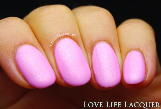 Couture Gel Nail Polish Pillow Talk swatch by @lovelifelacquer