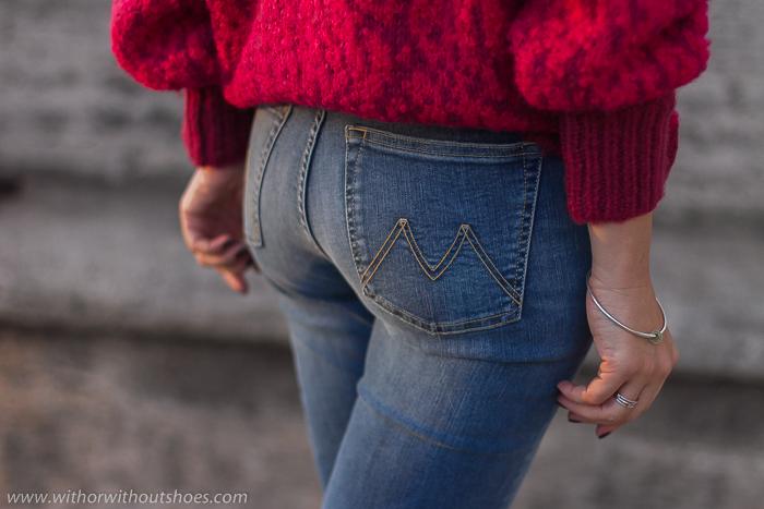 Pantalones vaqueros Jeans acampanados cortos tobilleros modelo Noemi Meltin' Pot