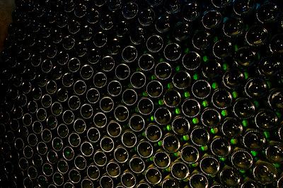 HIDDEN FROM THE PAPPARAZZI: ITALIAN WINE CELEBS
