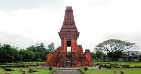 A VISIT TO THE MAJAPAHIT TEMPLES IN EAST JAVA