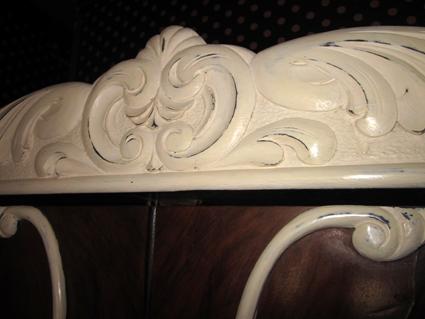 Reciclaje de muebles con pintura a la tiza: Armario