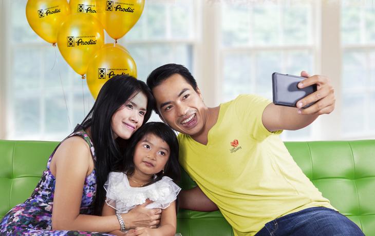 Kontes Foto Family Stories with Prodia Berhadiah Jutaan