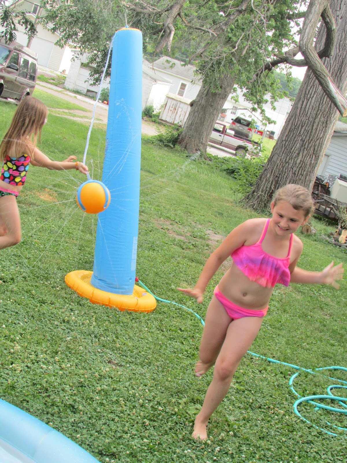 heck of a bunch h2ogo tether ball splash backyard water toy review