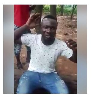 Yahoo-Boy Who Eats Faeces to Scam Foreign Victims Caught and Disgraced in Warri (Photos+Video)
