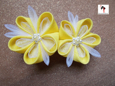 kanzashi, flor kanzashi amarilla