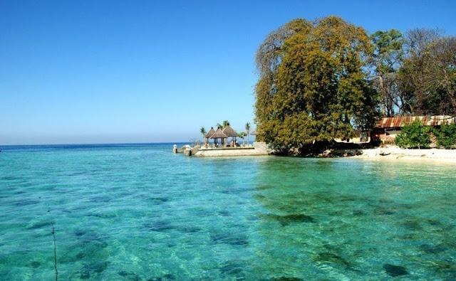 Banyaknya Pulau-Pulau Kecil yang Jarang Terjamah oleh Manusia