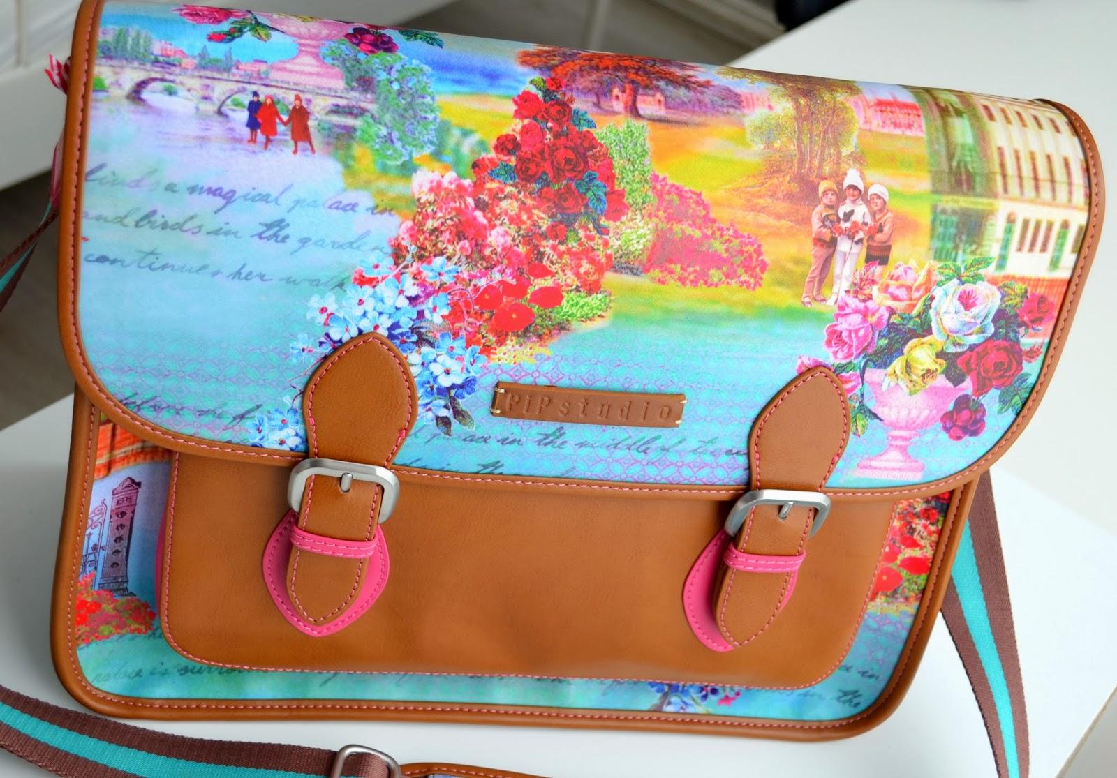 new bag pip winter wonderland messenger bag. Black Bedroom Furniture Sets. Home Design Ideas