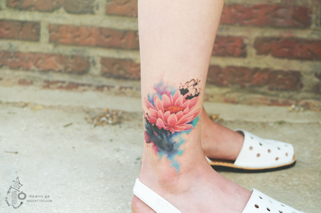 Stunning Floral Tattoos Watercolor Paintings on Skin