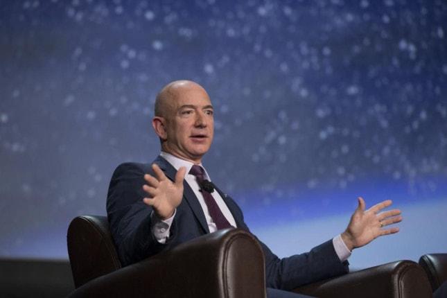 Danh sách tỉ phú 2018 của Forbes: Jeff Bezos soán ngôi Bill Gates