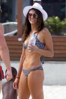 Nina-Dobrev-in-Bikini-2+sexycelebs.in.jpg